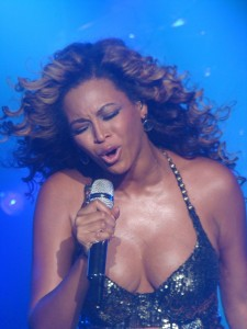 Photo by CLAUDIO MARIOTTO from NEW YORK CITY, USA - Beyonce (New York). Licensed under CC BY 2.0 via Commons -